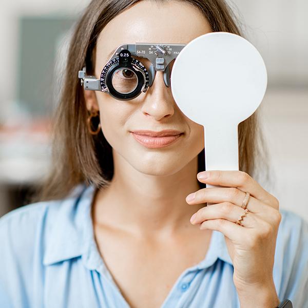 De eerste stap voor je nieuwe bril: De oogmeting